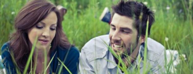 Alasan Jangan Terus-menerus Kode pada Pasangan, Mending Terus Terang